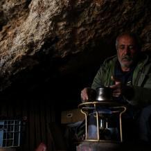 قهوة على نار  بابور الغاز في خِربة عمرها 3200 عاما