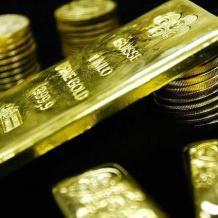 اسعار الذهب تهبط لليوم الرابع
