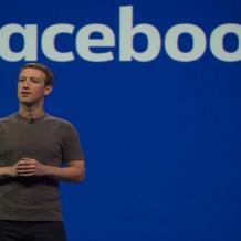 زوكربيرغ يخسر 4 مليارات دولار بعد فضيحة الفيس بوك