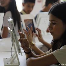 متابعة الاعلانات  تهدد الوضع الصحي للأطفال