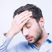 هل تؤدي الإصابة بالقلق وغيره إلى زيادة خطر الإصابة بالأمراض الجسدية؟