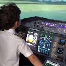 فيديو: أصغر طيار بالعالم طفل عربي في السادسة من عمره
