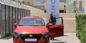"""""""أيونيك هايبرد"""" تخطف الأضواء خلال المؤتمر الدولي الأول حول التغير المناخي في فلسطين"""