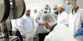 محافظ طولكرم يطلع على عمل الشركة الإسلامية الفلسطينية للتنمية
