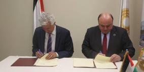 توقيع اتفاقية مسح المؤشرات الاقتصادية الشهرية بين سلطة النقد والاتحاد العام للصناعات