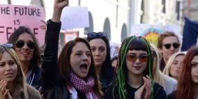 مئات الاف النساء في مظاهرات مناهضة لترامب