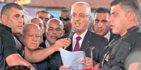 اللجنة الإدارية توصي الحكومة باستيعاب موظفي غزة