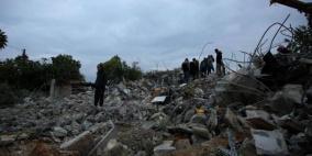 قوات الاحتلال تنتشر في محيط منازل عائلة جرار لليوم الثامن