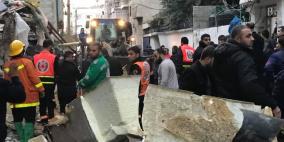 صور: 7 قتلى و30 مصابا في انفجار مبنى بغزة