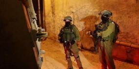 الاحتلال يواصل حملته في بريقين ومستعربون يختطفون شابين