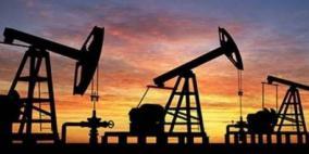 أسعار النفط تغلق متباينةمع استقرار خام برنت