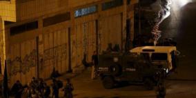 الاحتلال يشن حملة دهم في نابلس استهدفت منازل عائلة عاصي