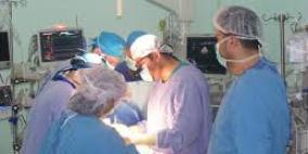 نجاح فريق طبي هندي في إجراء جراحة قلبية خطيرة بإضافة قلب .