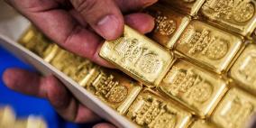 اسعار الذهب تهبط بعد تلميحات برفع الفائدة