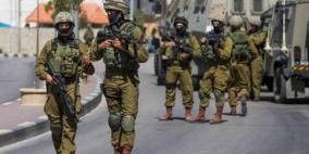 الاحتلال يعتقل 34 مواطناً في الضفة والقدس