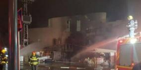 النقب: حريق في مجمع تجاري كبير بعراد