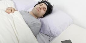 دراسة : تعلم اللغات أثناء النوم