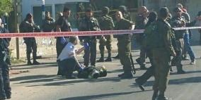 الاحتلال يصيب مواطنا بدعوى الطعن
