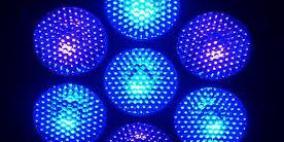 الضوء الأزرق يمنح النشاط أكثر من فنجان القهوة
