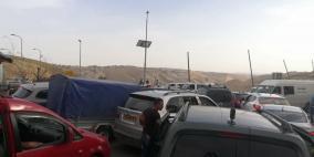 """الاحتلال يعتقل شابا على حاجز """"الكونتينر"""""""