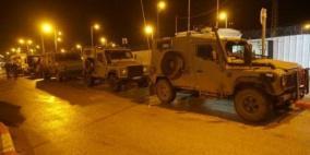 الاحتلال يسرق 20 ألف شيقل من منزلي شقيقين