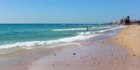 تحذيرات من السباحة في شواطئ حيفا