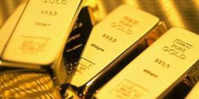 اسعار الذهب تهبط  مع صعود الدولار