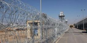 """هيئة الأسرى: استمرار حالة التوتر في معتقل """"إيشل"""" عقب استشهاد عويسات"""