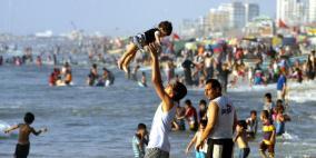بحر غزة ملوث.. 3 مناطق فقط آمنة للسباحة
