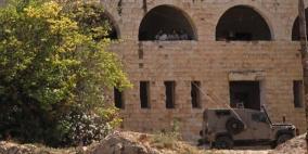 الكنيست تناقش مشروع قانون لإعادة المستوطنين لمستوطنات مخلاة