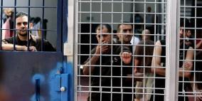 500 أسير إداري يشرعون بإضراب عن الطعام الأسبوع المقبل