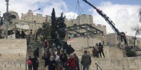 """الاحتلال يستعد لتركيب """"منصات أمنية"""" جديدة في باب العامود"""