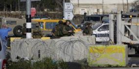 الاحتلال يغلق مدخل نابلس الجنوبي