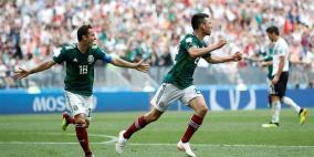فيديو- المكسيك تفجر مفاجأة كبرى وتطيح ببطل العالم