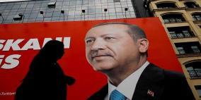 نتائج أولية: أردوغان يتصدر الانتخابات التركية