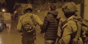 اعتقال 13 مواطناً من الضفة