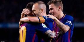 ظهير فرنسا يدرس الرحيل عن برشلونة