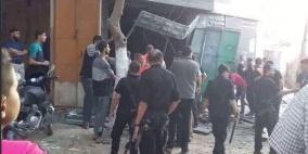 وفاة فتيين وإصابة 8 مواطنين بانفجار مخزن ألعاب نارية شرق غزة