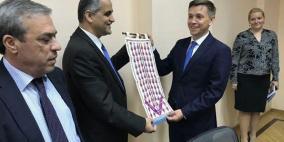 فلسطين وروسيا تبحثان تطوير التعاون في مجالات الاتصالات