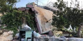 الاحتلال يهدم منزلا في كوبر برام الله ويعتقل عددا من المواطنين
