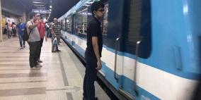 نهاية مدهشة لمحاولة انتحار أمام مترو الأنفاق في مصر