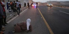 الاحتلال يغلق الطرق الفرعية المؤدية الى الخان الاحمر