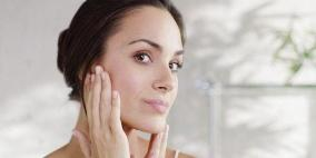 تعرفي على الفيتاميين الذي ينقصك من خلال علامات على بشرتك