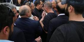 الاحتلال يمنع الوزير صيدم من الدخول الى بلدة بيت اكسا