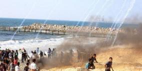 شهيد و90 إصابة بالرصاص والاختناق في غزة