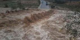 الأمطار تقتل شخصين في ليبيا وتهدم منازل بالجزائر