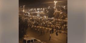 إصابات وأضرار..مستوطنون يهاجمون المحال التجارية في القدس
