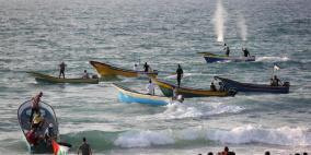 اصابات..  الاحتلال يهاجم المسير البحري الـ15