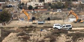 قوات الاحتلال تهدم مبنى سكنيا في بيت حنينا