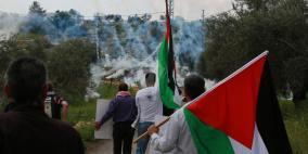 إصابات بالاختناق خلال قمع الاحتلال مسيرة بلعين